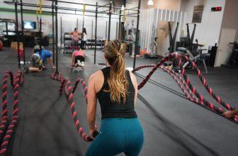 Bedste battle rope test & tips til køb af de populære reb