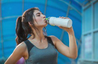 Forbrænd mange kalorier på kort tid – 3 øvelser der ikke er løb